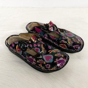 Alegria | Black Patent Leather Frida Hearts Clog